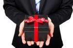Bí quyết khi tặng quà tết cho sếp vừa ý